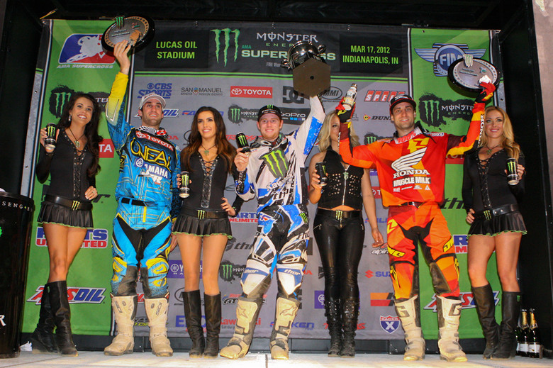 Millsaps (left) grabs 2nd straight podium