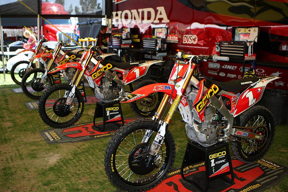 GEICO Honda - Vital MX Pit Bits: Las Vegas - Motocross Pictures - Vital MX