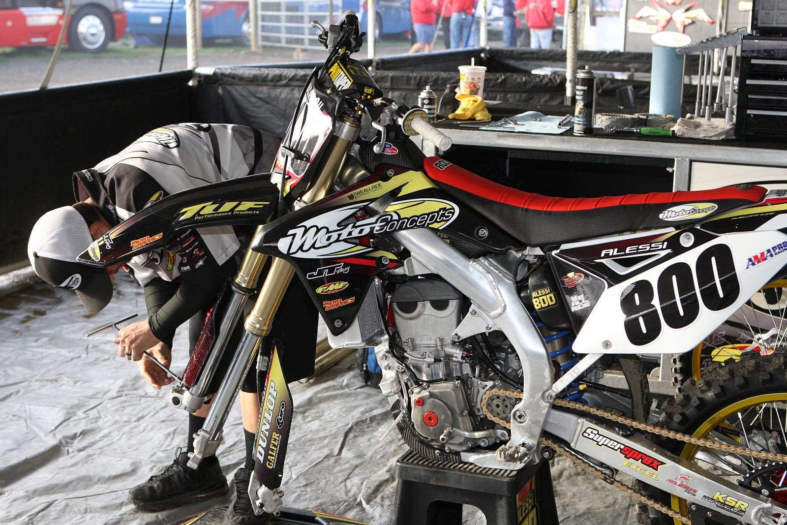 Mike Alessi - Vital MX Pit Bits: Unadilla - Motocross Pictures - Vital MX