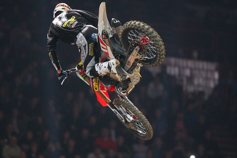 Eli Tomac - Photo Blast: Bercy Night One - Motocross Pictures - Vital MX
