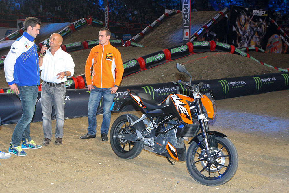 Mini-Duke - Photo Blast: Bercy Night One - Motocross Pictures - Vital MX