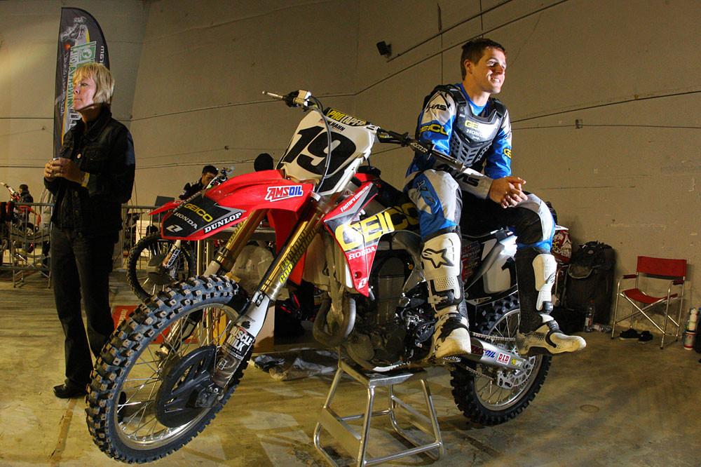Wil Hahn - Photo Blast: Bercy Night Three - Motocross Pictures - Vital MX