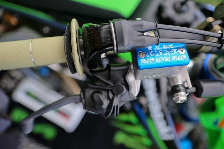 Ryan Villopoto - Vital MX Pit Bits: Las Vegas - Motocross Pictures - Vital MX