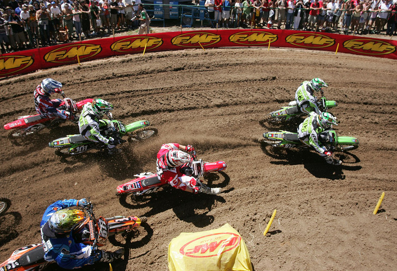 Chris Gosselaar, Brett Metcalfe, Josh Grant and crew - 2007 AMA National Motocross Series: Thunder Valley - Motocross Pictures - Vital MX