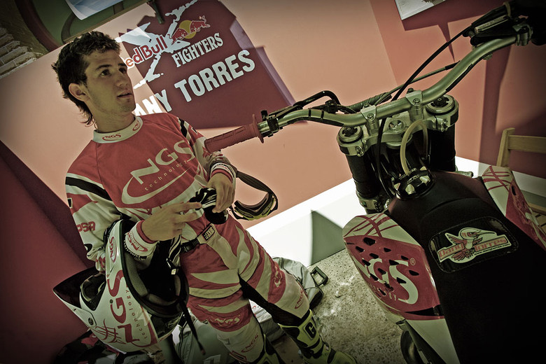dany torres 2007 red bull x fighters madrid motocross pictures vital mx. Black Bedroom Furniture Sets. Home Design Ideas