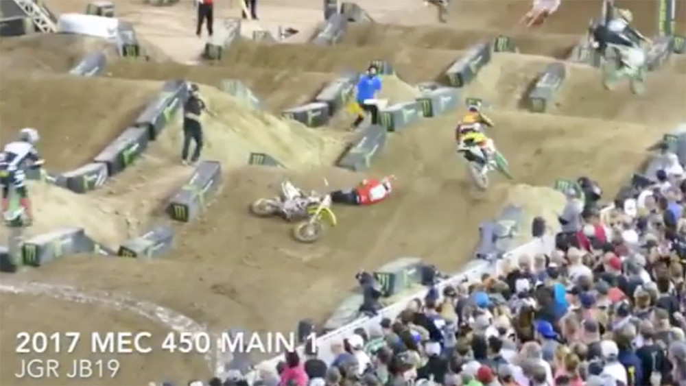 CRASH: Justin Hoeft and Justin Bogle Collide at Monster Energy Cup