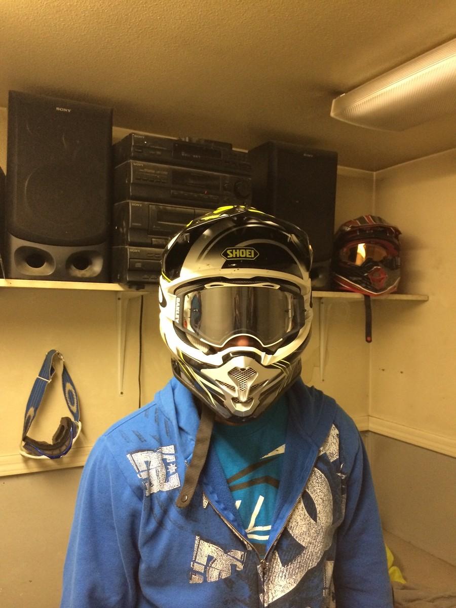oakley airbrake moto