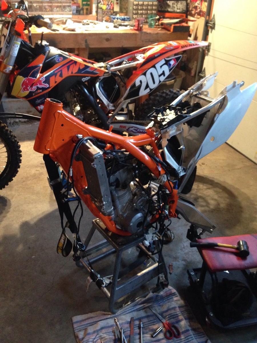 Mx Knee Braces >> Orange Frame KTM SX-F Build - Tech Help/Race Shop ...