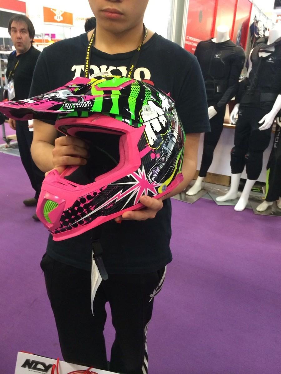 Pink Lady Motocross Dirtbike Helmet Moto Related Motocross Forums Message Boards Vital Mx