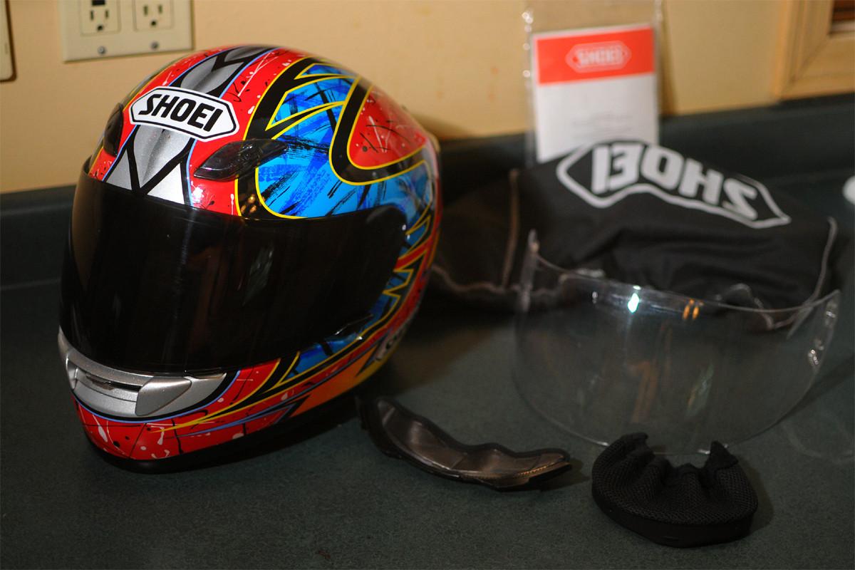 Shoei Mx 2018 >> Shoei Troy Lee Designs replica Zempke RF-1000 helmet - For Sale/Bazaar - Motocross Forums ...