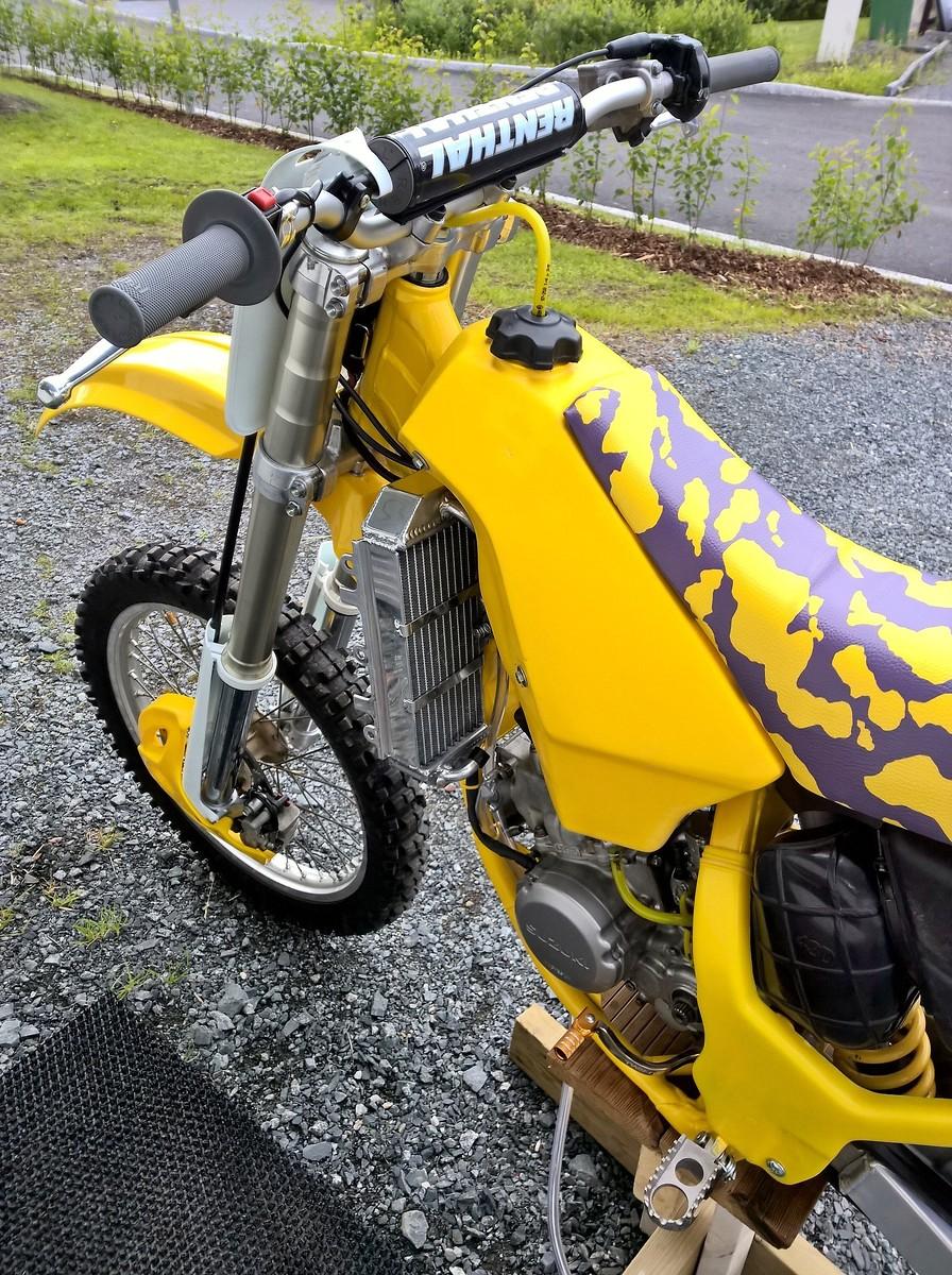 suzuki rm 125 1992 39 usa 39 restoration old school moto. Black Bedroom Furniture Sets. Home Design Ideas