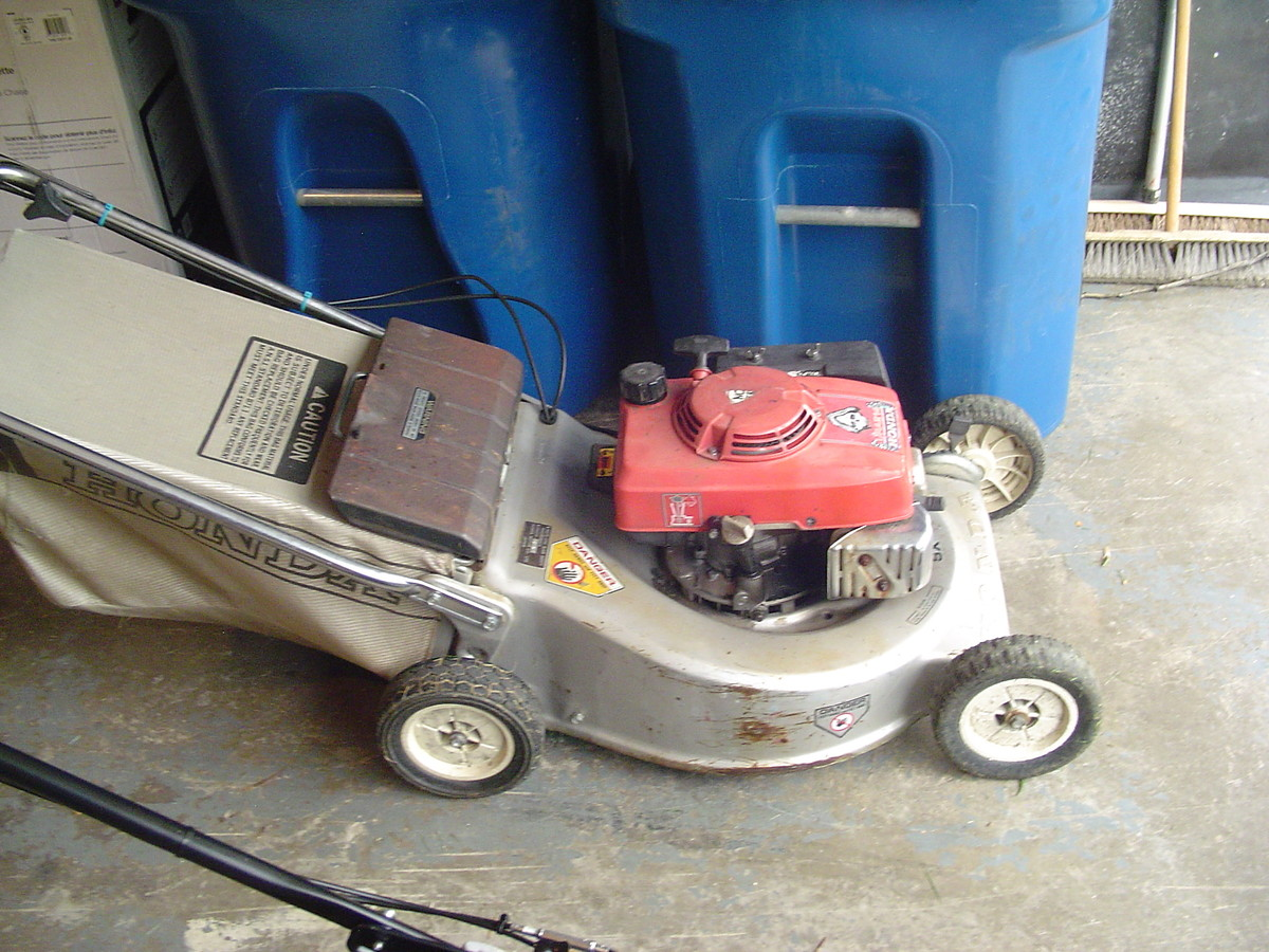 Honda Lawn Mowers   Non Moto   Motocross Forums / Message Boards   Vital MX