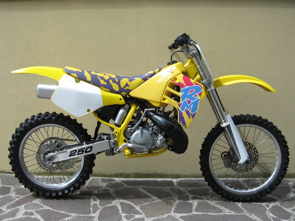 Suzuki Rm Engine
