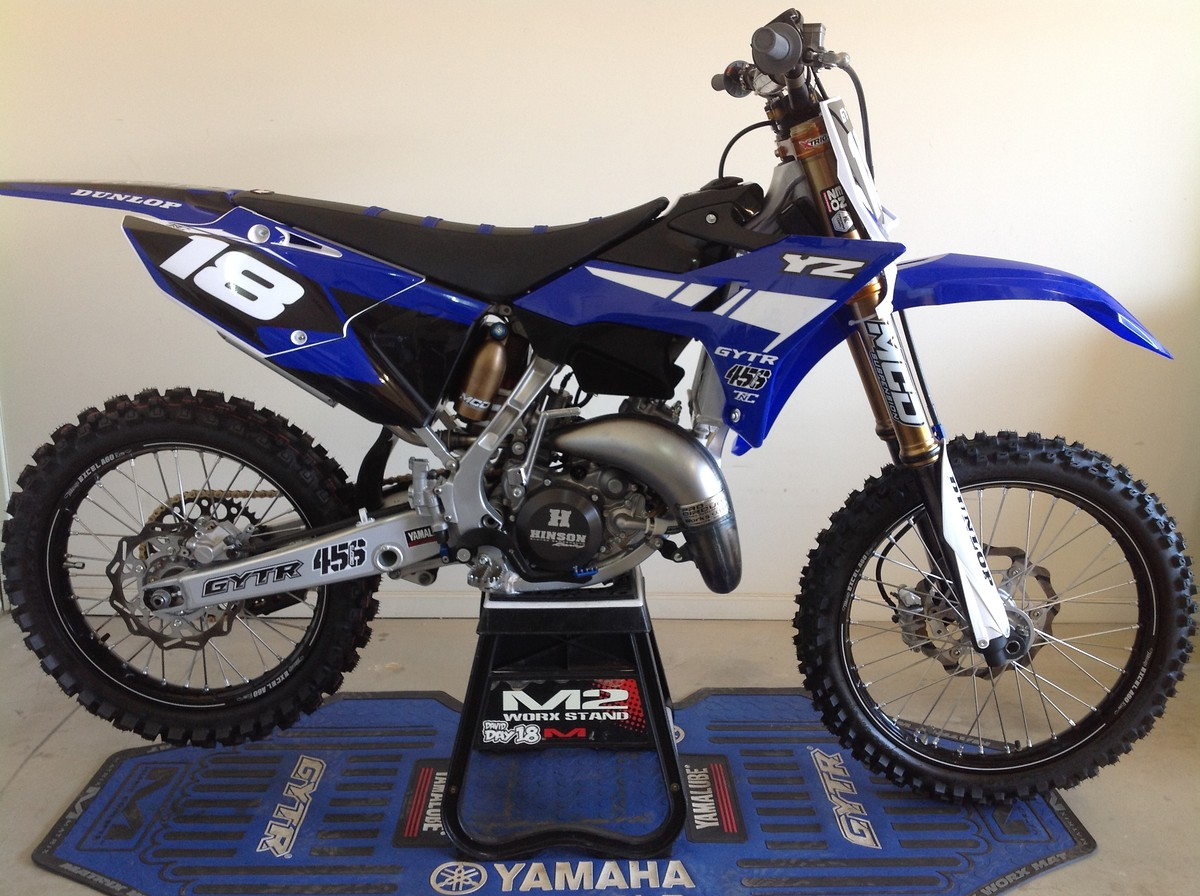 Yamaha Yz  Clutch