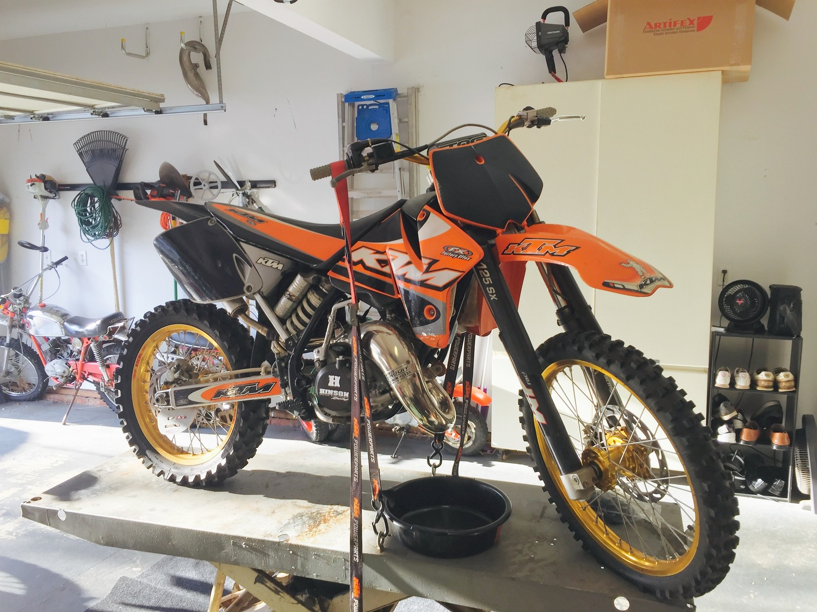 Help me find: Trick '98'-99 era KTM 125 parts (VHM, carbon