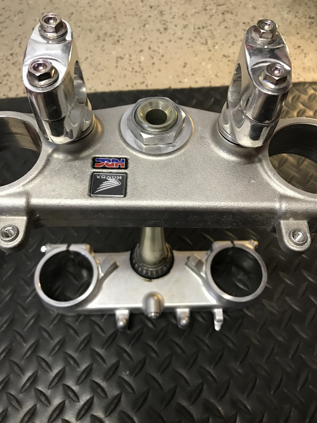 2017 CRF450 OEM triple clamps like new SOLD - For Sale/Bazaar