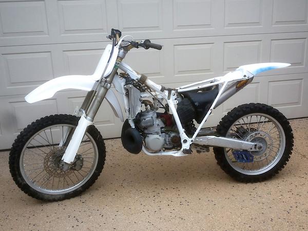 1995 YZ-250 long rod  More tweaking  - Bike Builds