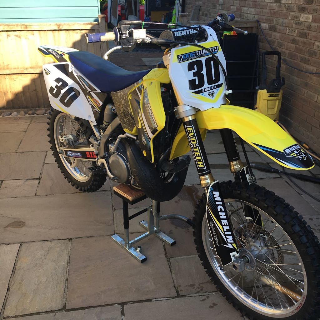 Suzuki Rm250 Enduro Build Complete With Pics Bike Builds Moded Bikes Motocross Forums Message Boards Vital Mx