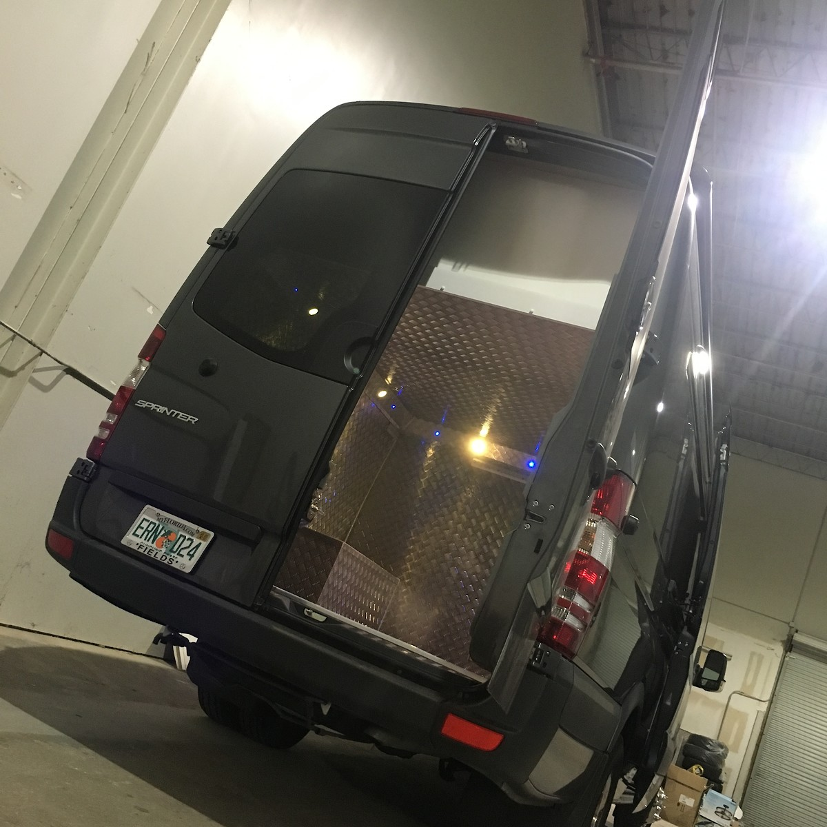 MERCEDES SPRINTER RACE VAN