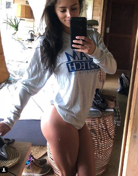 selfie ass shots