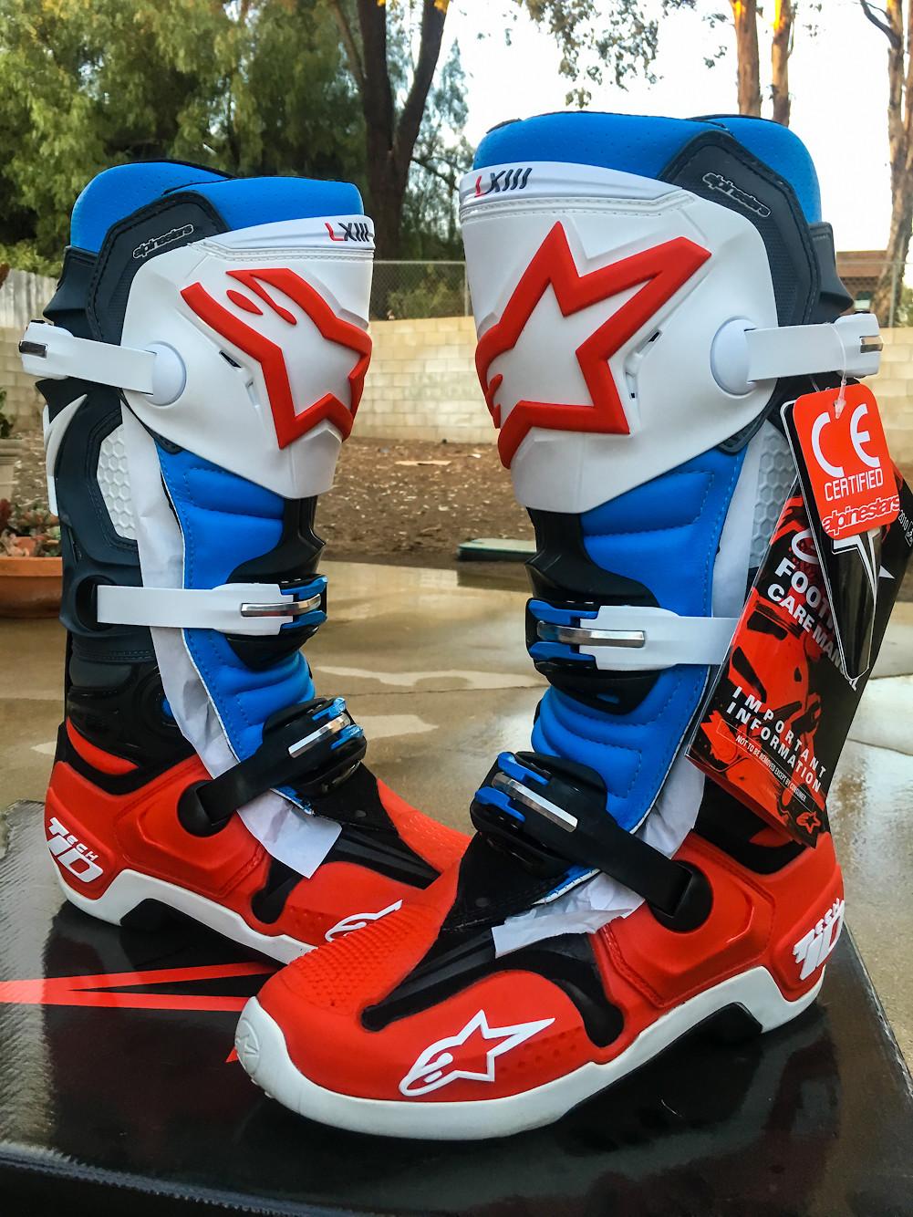 Brand New - Alpinestars Tech 10 - Size 8 - Bomber LE Aqua ...