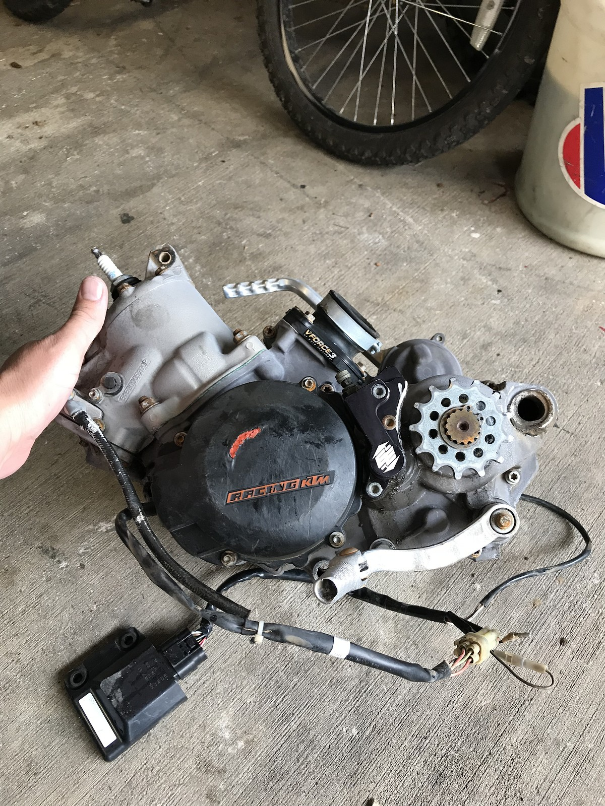 2012 ktm 150 motor plete with carb an electronics For Sale