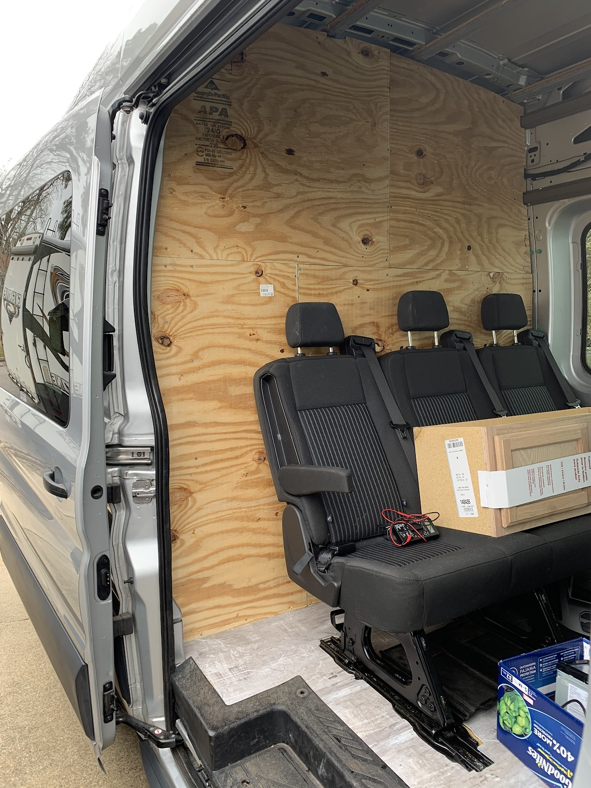 WTB-Ford Transit Retractable Seats/Bench Seats