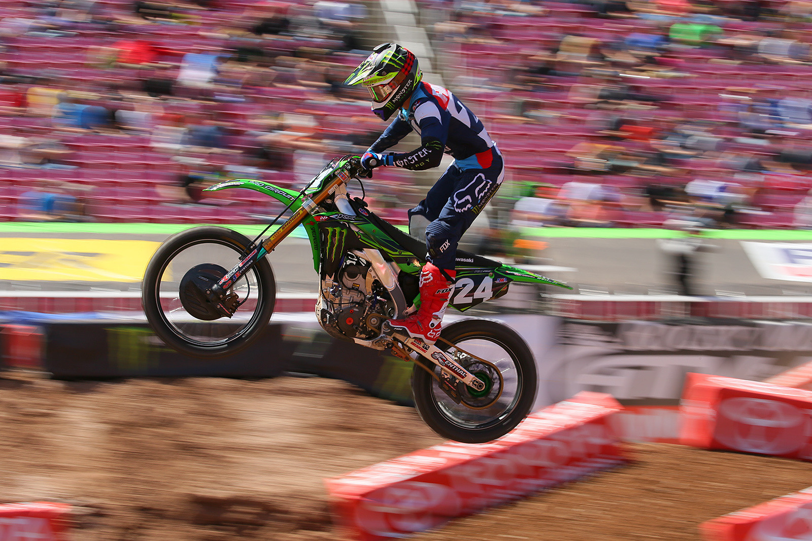 Austin Forkner Sustains Broken Wrist & Collarbone in Practice Crash