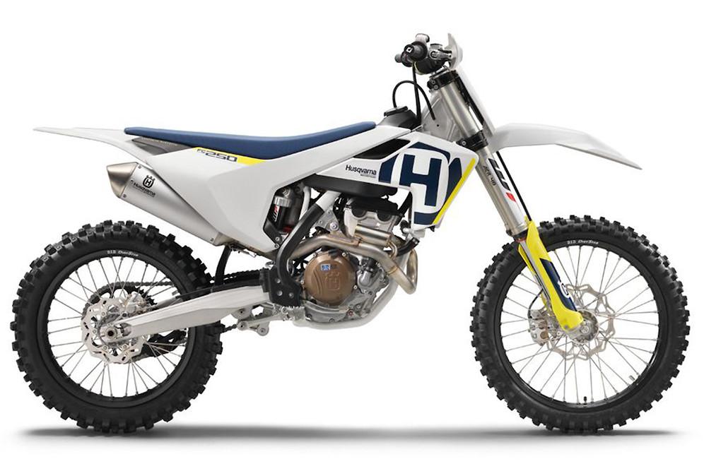 husky25018