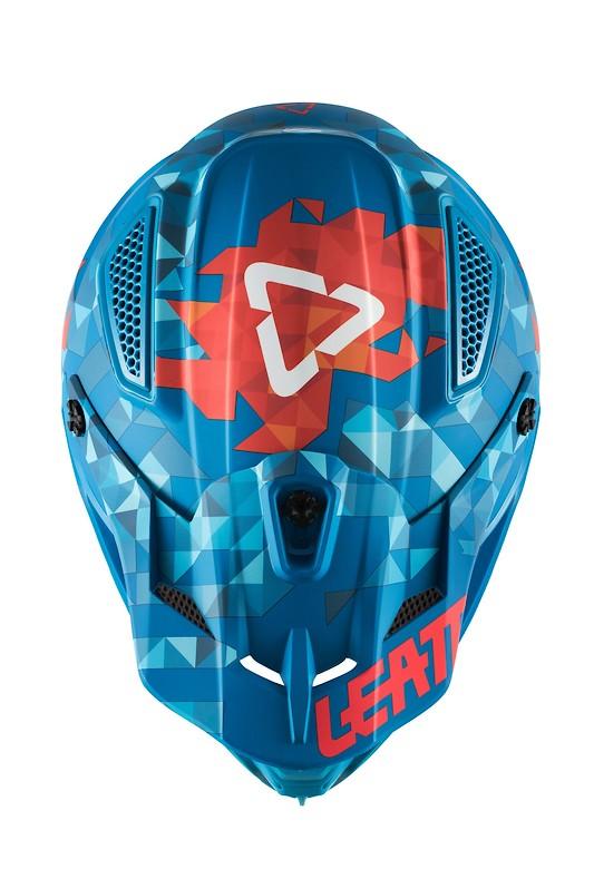 Helmet-GPX-4.5-V22-BluRed-2018_1