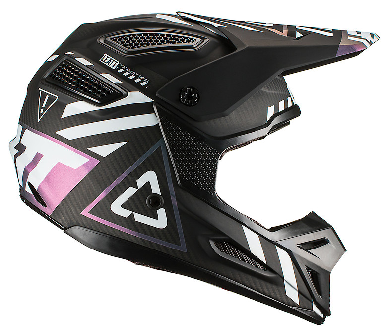 Leatt_GPX6.5helmet_carbon_right_1019103240