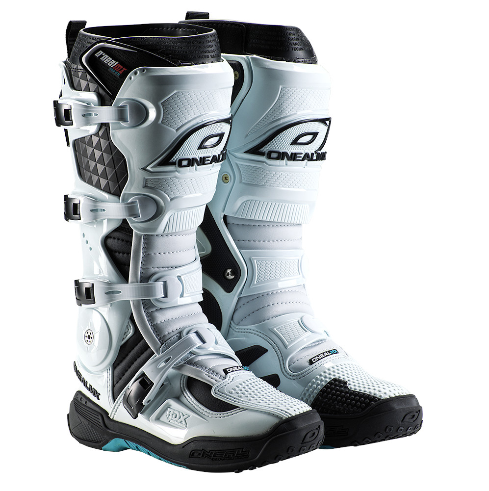 ON_BOOT_RDX_WHITE_FRONT_WEB_2