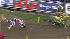 Ryan Villopoto CRASH - 2015 MXGP of Trentino