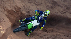 2016 Kawasaki KX450F - In Action