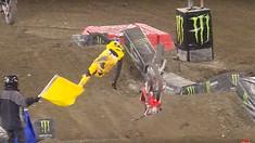 CRASH: Ken Roczen Injured in Anaheim