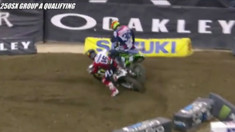 Adam Cianciarulo & Zach Osborne Get Together During Qualifying - 2017 Indianapolis Supercross