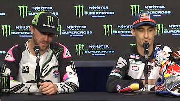 C366x206_450pressconferencefoxborough