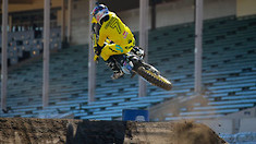James Stewart Raw, Episode One