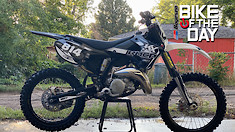 Bike Of The Day: 2000 Kawasaki KX125