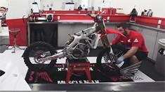 Team Honda Muscle Milk 3 Minute Bike Tear Down