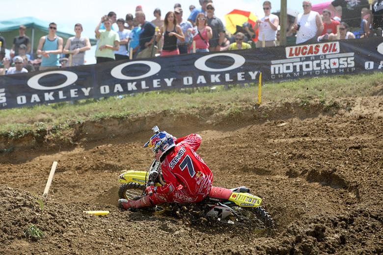 James Stewart (Team Yoshimura Suzuki Racing) came out and gave it a try with his injured wrist in the first moto, but opted to not line up for moto two.