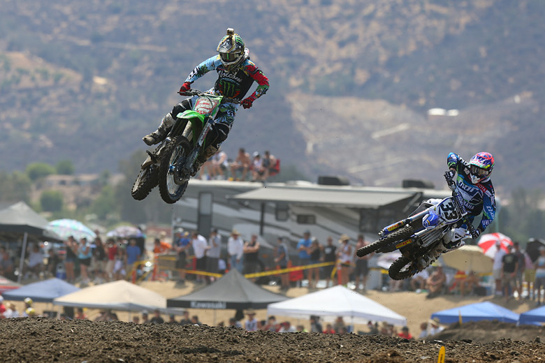 Ryan Villopoto (Monster Energy Kawasaki) and Josh Grant (Toyota/JGRMX/Yamaha) had a brief duel in the first moto, until RV took over the lead from Josh.
