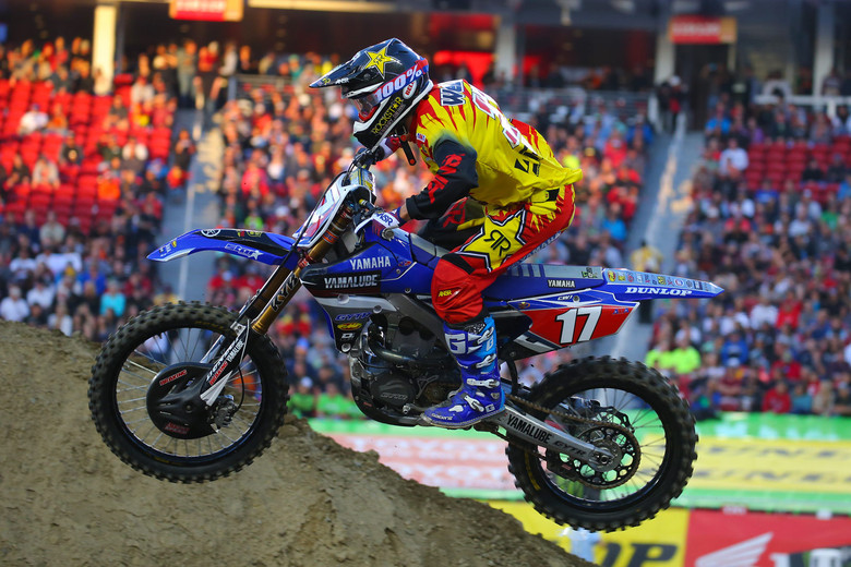 You know we're getting late in the season when there's still sunshine during the heat races. Cooper Webb clinched the 250 West title last weekend, and grabbed a heat race win to add to his season total.