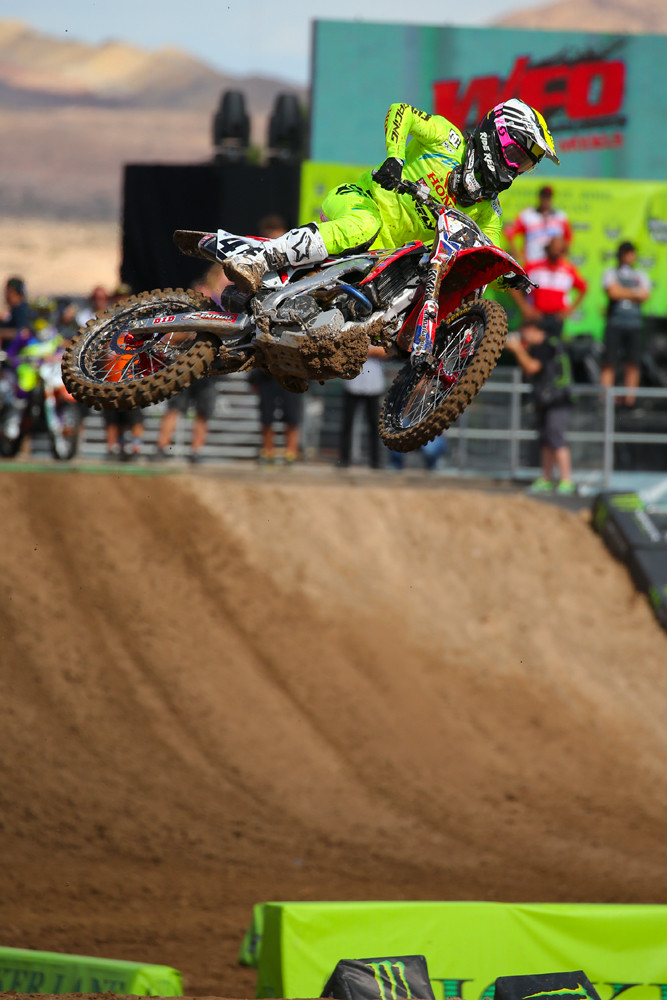 Trey Canard was a couple tenths faster than Broc Tickle, and grabbed the top qualifying spot. Can he make up for last year's mistake, and take home the Million?