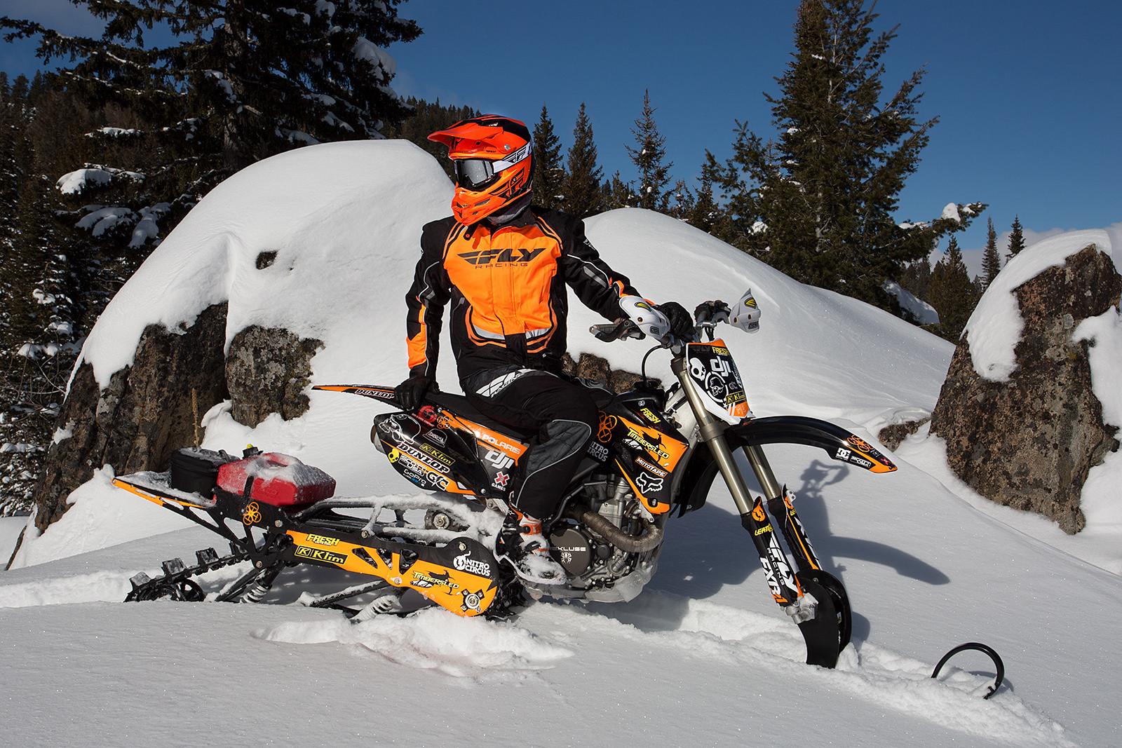 Snow Dirt Bike >> Dirt Vs Snow First Time On A Snow Bike Motocross Feature Stories