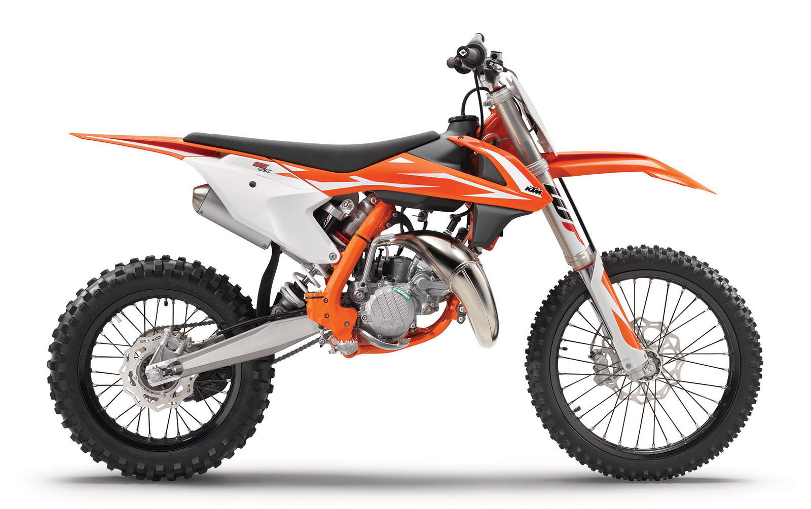 first look 2018 ktm sx models motocross feature stories vital mx. Black Bedroom Furniture Sets. Home Design Ideas