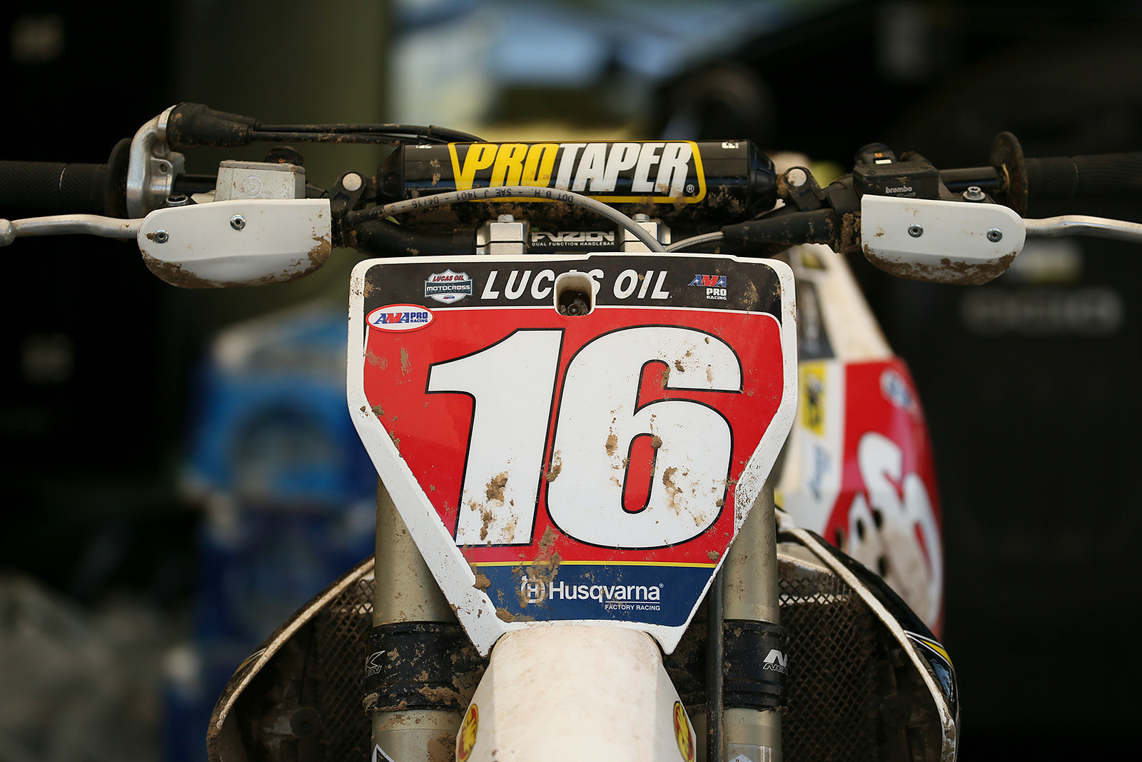 Modified handguard components also make up the protectors for Zach Osborne...