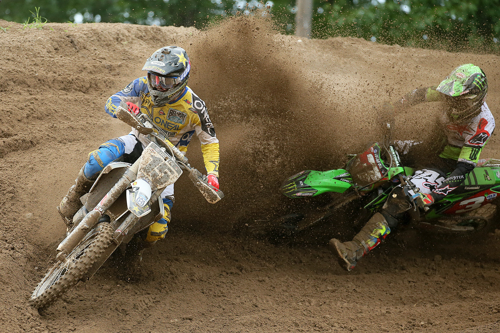 Dean Wilson (left) and Eli Tomac.
