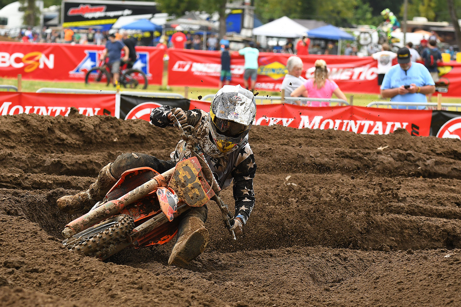 Derek Drake from California got on the board with the first Moto win in 250 B Limited.