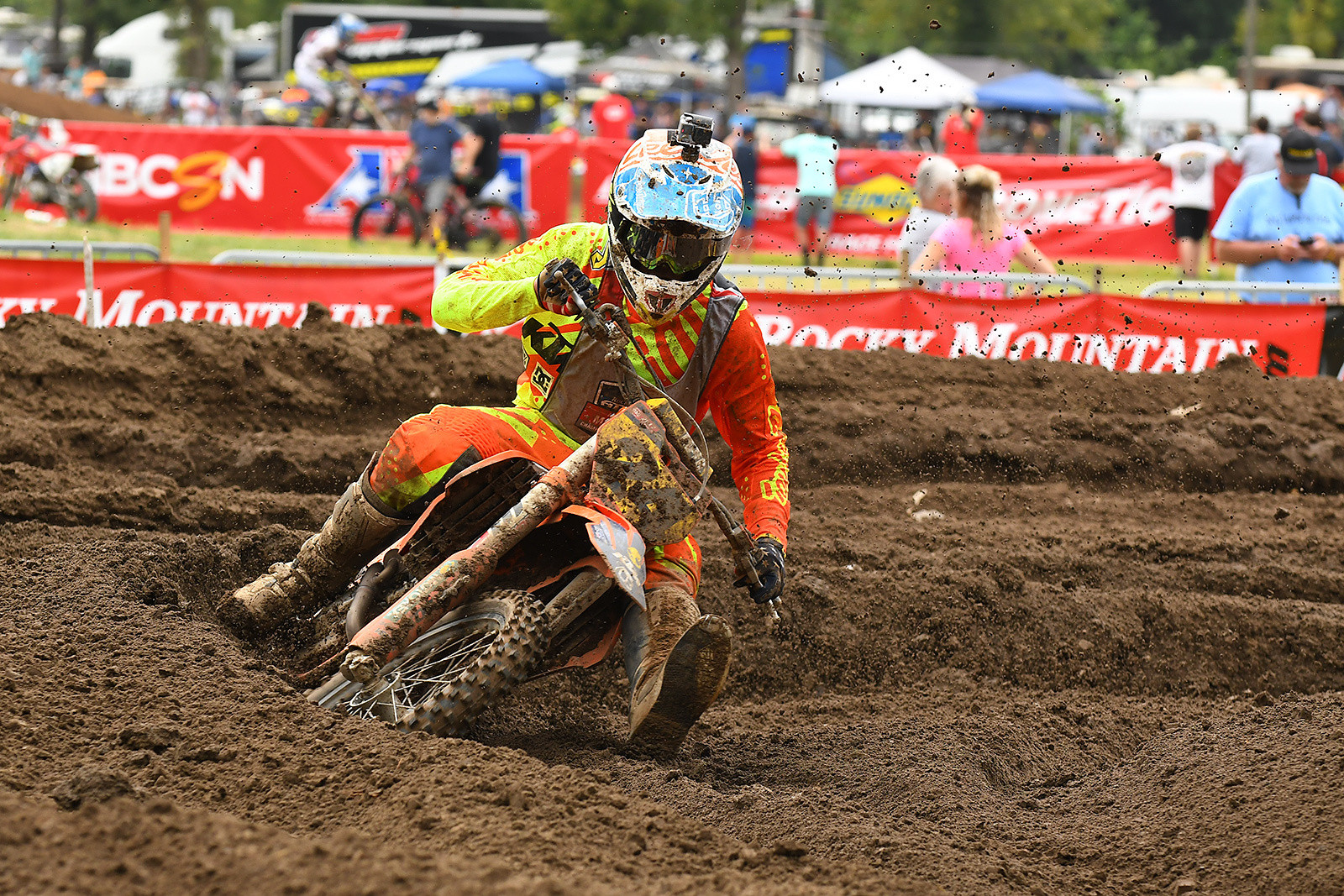 Parker Mashburn followed KTM rider Drake across the finish line in 250 B Limited.